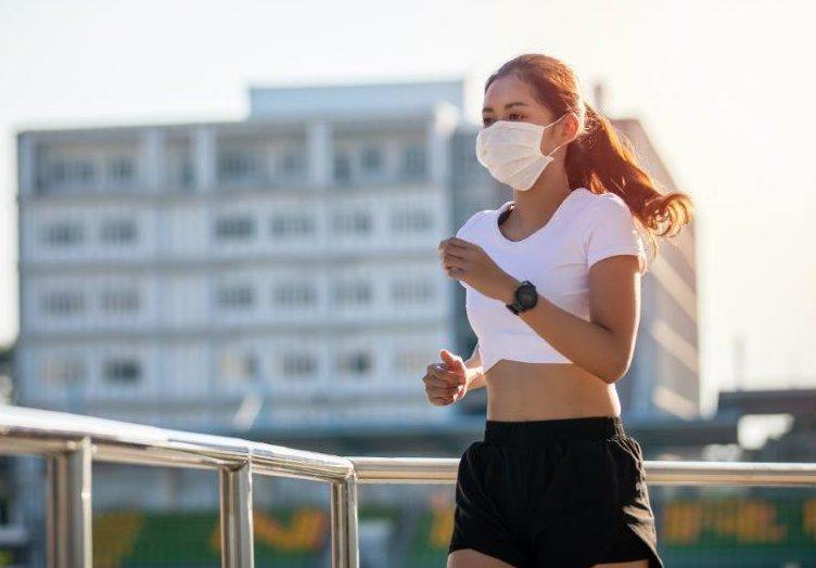 correre-con-mascherina