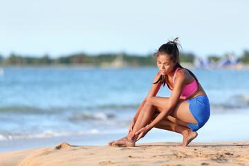 distorsione-caviglia-spiaggia